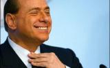 Scende Berlusconi ma che fa?