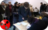 Vittoria socialista alle regionali in Francia, crolla l'affluenza alle urne.